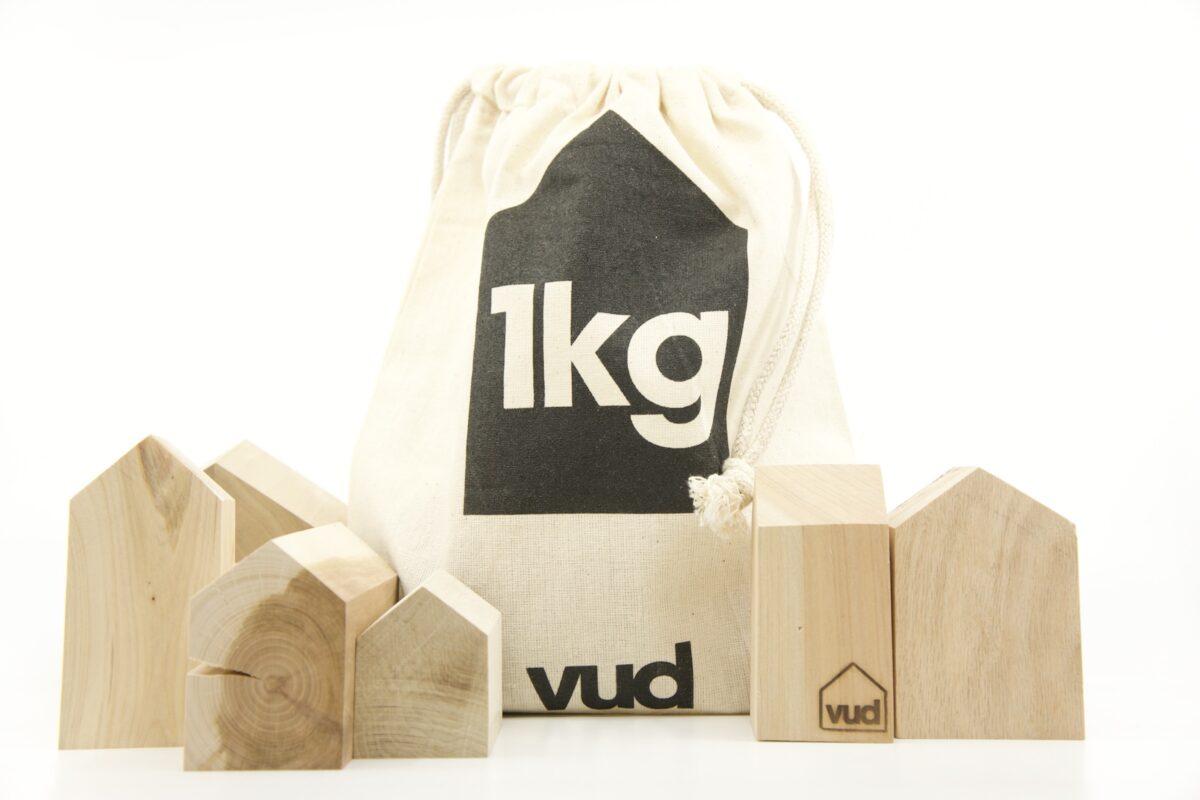 Vud 1kg of houses closed bag